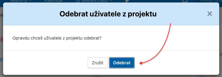 Smazání uživatele z projektu potvrď tlačítkem Odebrat.